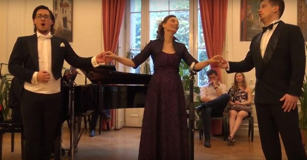 Opera Singer Quartet - Time to say goodbye